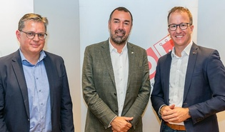 Dr. Peter Vogler, Sparenobmann Markus Kegele und LR Christian Gantner
